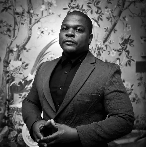 Kehinde Wiley (BFA 1999) to receive Honorary degree and address graduates at SFAI's 2018 Commencement Ceremony